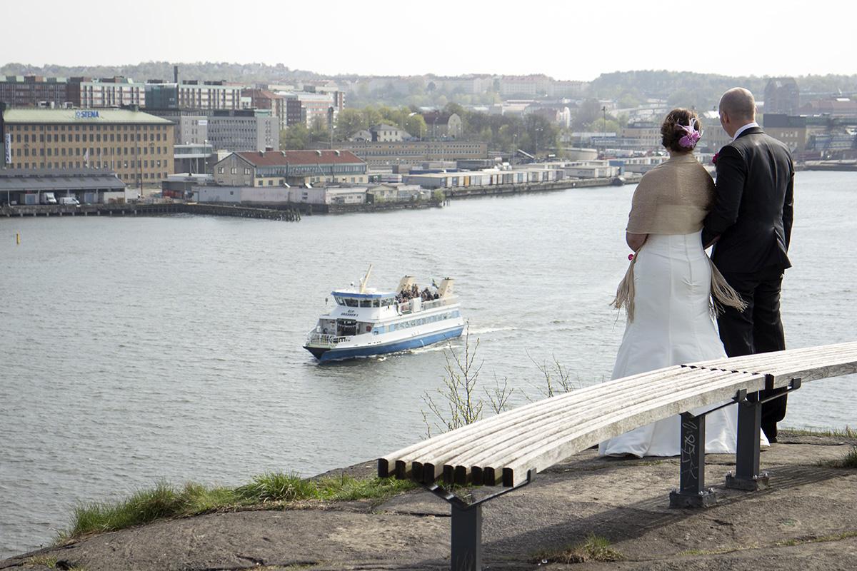 Josefine & Magnus Alvunger gifte sig på en Älvsnabb-båt